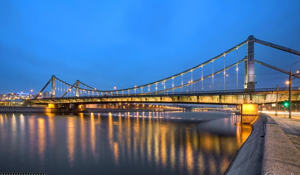 Знакомый вам Крымский мост тоже в каком-то смысле бауманец