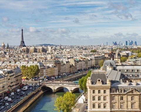 paris-travel-guide-lede