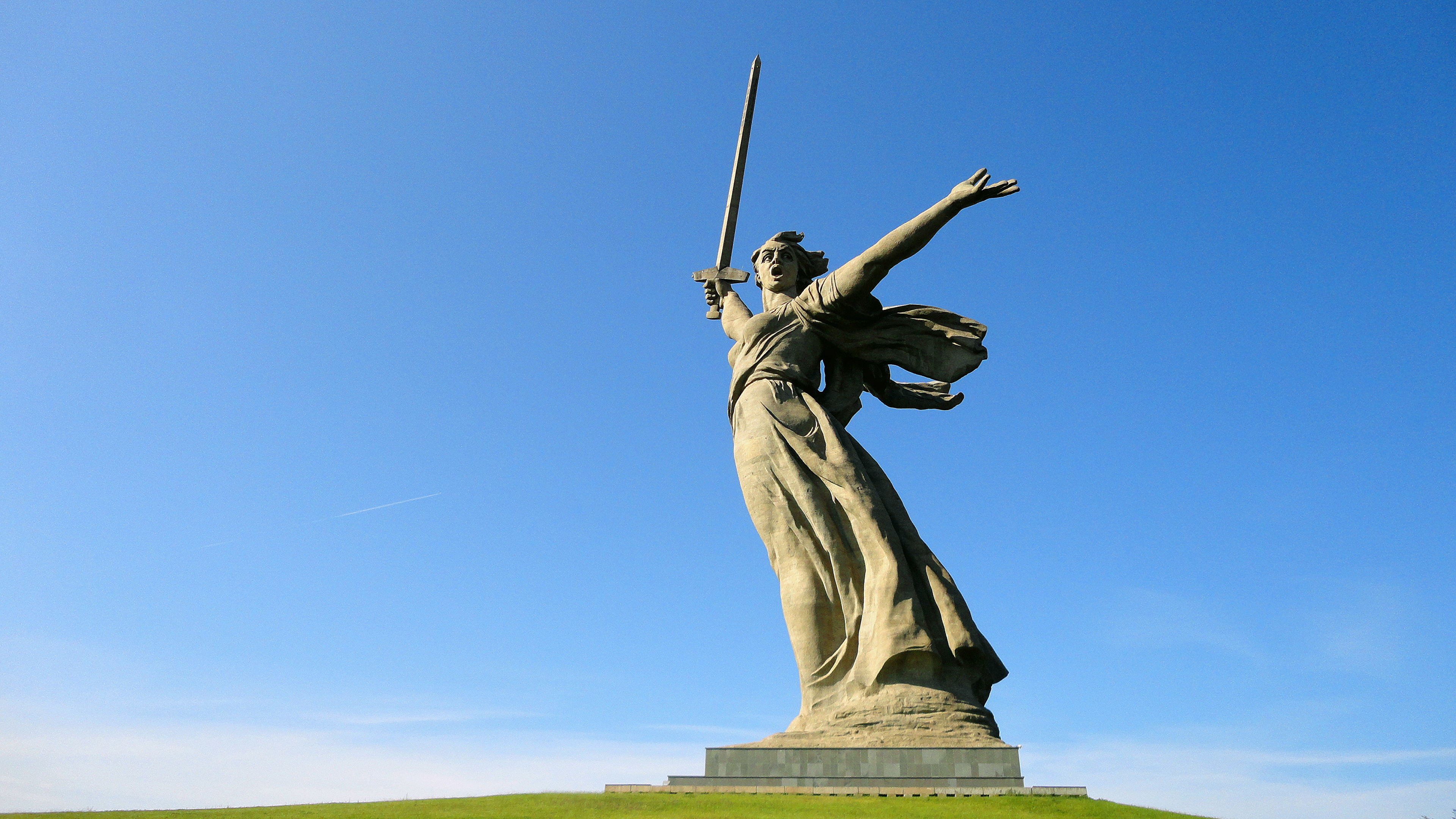 2019world___russia_motherland_on_mamayev_kurgan__volgograd-_russia_131865_